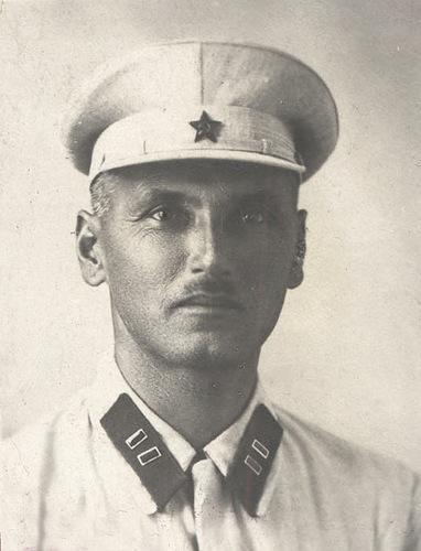 Производство и продажа Фуражка обр. 1926 г. для нестроевого начсостава (белая) M3-042-G с доставкой по всему миру