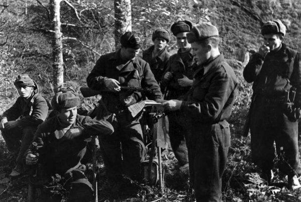 Jacket of the mountainous parts of the Red Army (Куртка горно-стрелковых частей РККА) M3-122-U