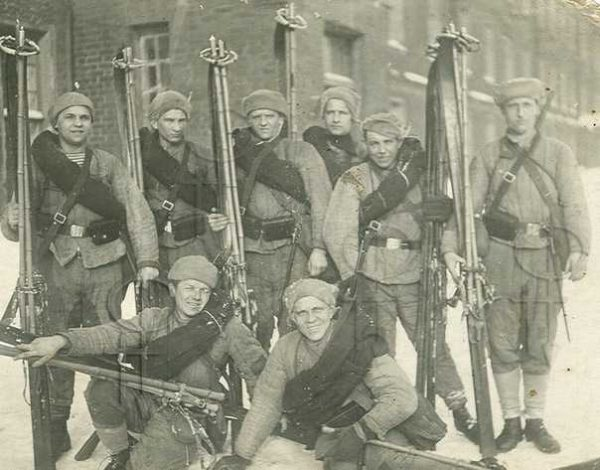 Производство и продажа Ножны к штыку винтовки 'Мосина' (с фиксатором) M3-011-S с доставкой по всему миру