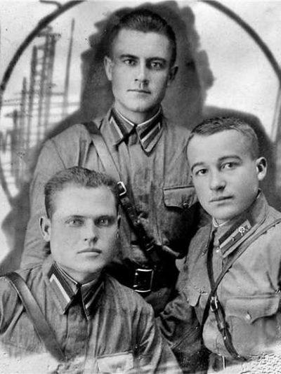 Производство и продажа Петлицы гимнастерочные курсантов военных училищ образца 1940 г.(пограничные войска НКВД) M3-165-Z с доставкой по всему миру