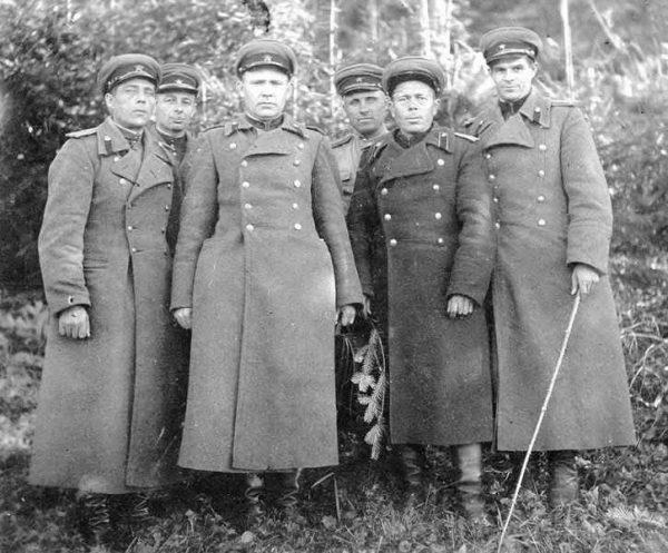 Производство и продажа Шинель комначсостава НКВД обр. 1937 г. M3-043-U с доставкой по всему миру