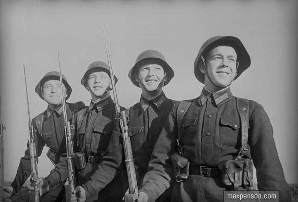 M1937 MOSIN RIFLE LEATHER AMMO POUCH (Сумка патронная к винтовке 'Мосина' обр. 1937 г. ) M3-078-S